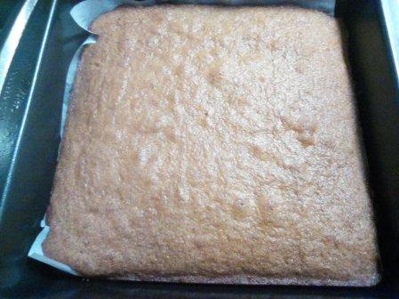 ginger cake inspired by The Angel of Bishopsgate by Eloise Reuben