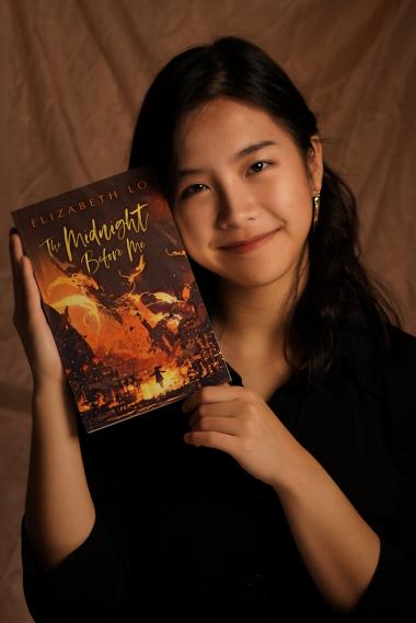 Author photo for Elizabeth Lo, author of YA Dark Fantasy novel The Midnight Before Me
